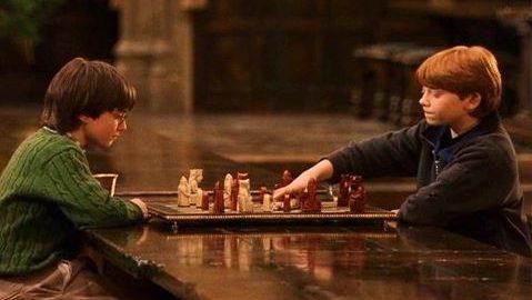 Article jeux de société : partie d'échec Ron et Harry