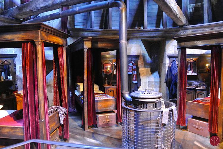 Dortoir Gryffondor - Studios Harry Potter